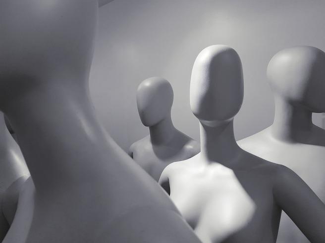 mannequin-2777963_960_720
